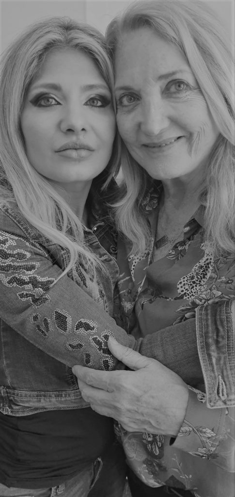 CELEBRITY DOCTOR and KATE MOSS Mother LINDA